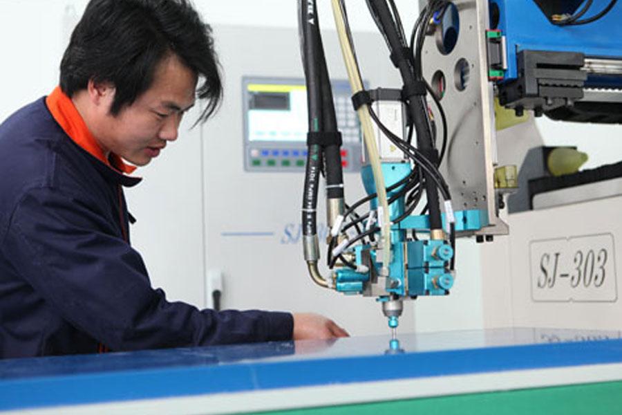 ハンドヘルドレーザー溶接機の安全性に関するガイド