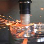 CNCマシニングセンターで湾曲部品をフライス加工するスキル