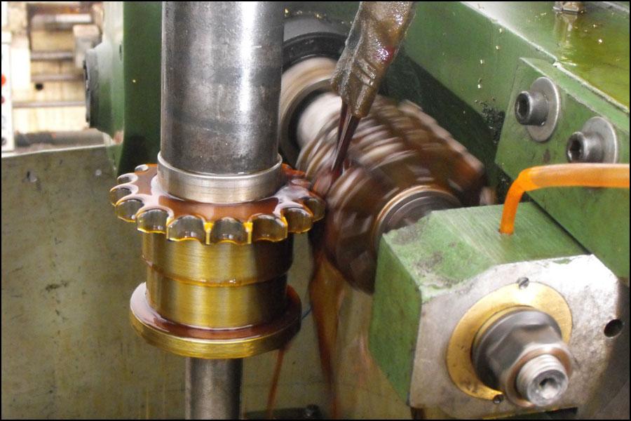 アルミ合金シェルの加工技術