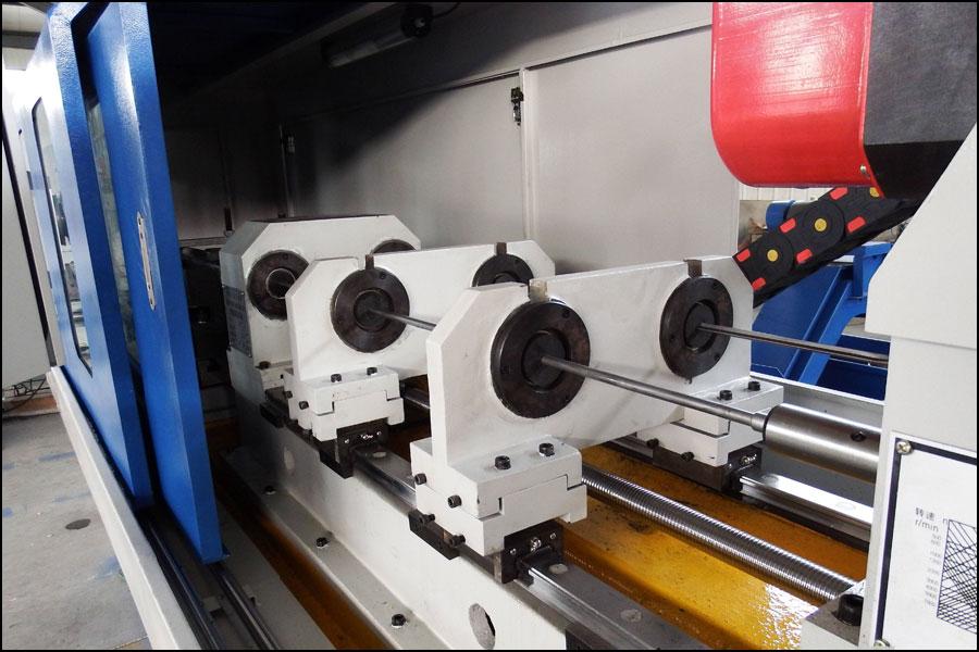 デジタル制御旋盤の油圧動力システムの変速状態