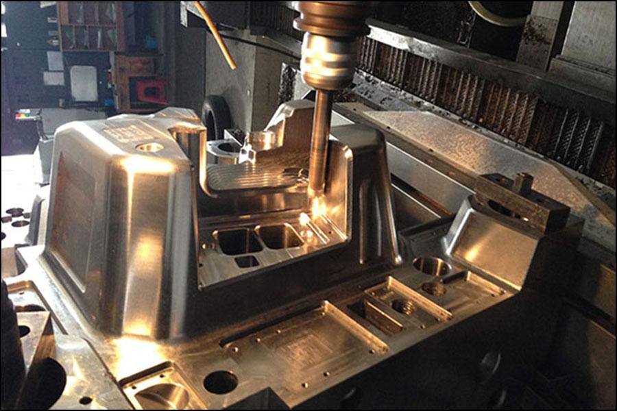 冷間変形金型鋼の加工特性と材料選定方法