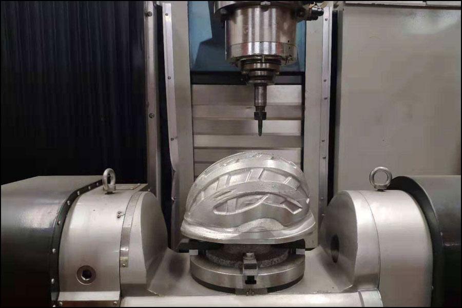 多軸加工技術の出現により、工作機械産業の発展が促進されました