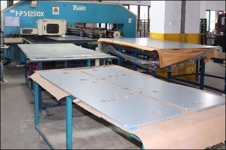 大規模なCNC機械加工と板金製造材料の処理方法