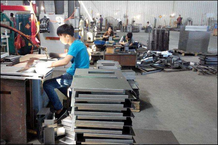 板金加工の表面処理の目的と技術