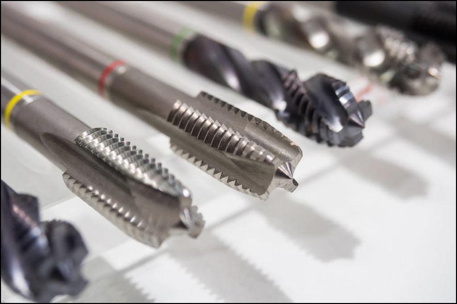 機械加工で切削工具を選択する方法は?