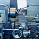 機械工具の機械的伝達と非機械的伝達の間の接続