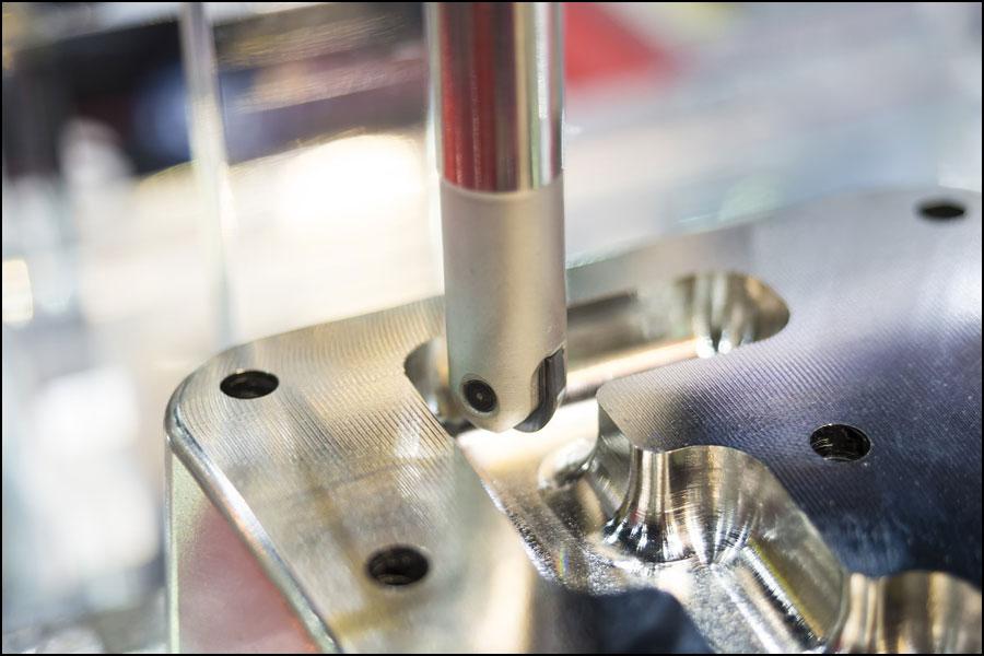 製品の品質は生産または検査によって出てきますか?