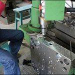 CNCワイヤーカッティングマシンを安全に操作するにはどうすればよいですか?