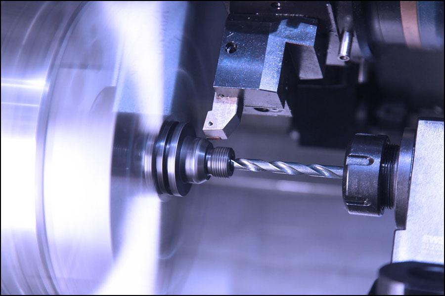 CNC加工で工具経路回避干渉を計画する方法は?
