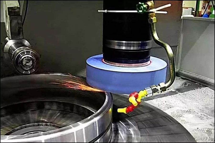 ハイエンド製造方法——超精密研磨技術