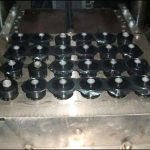 プラスチック射出成形の自動化