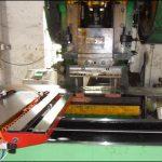 マシンキャビネットの加工メーカーの概説レーザーの板金加工における応用