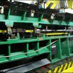 金属プレスの工程には学校形の工程は何が含まれていますか?