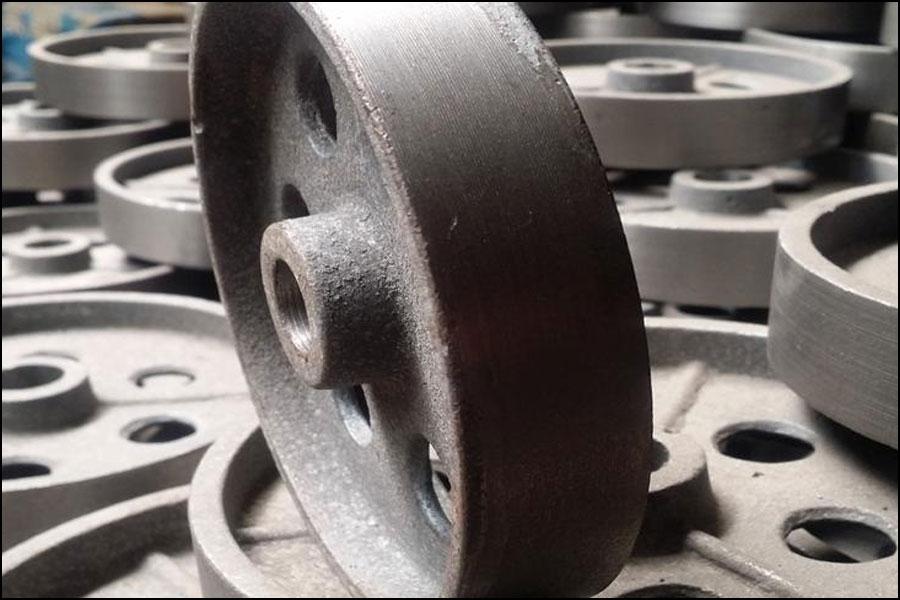 鋳鋼と鋳鉄の違い