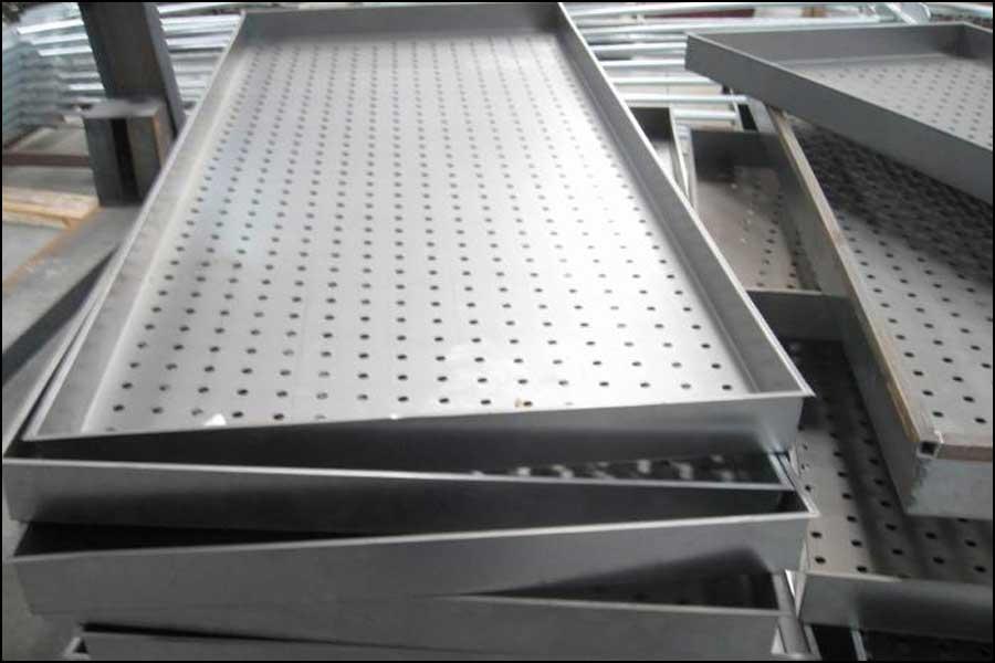 鋼の金属プレスメーカはどのような方法で自己突破を達成すべきか