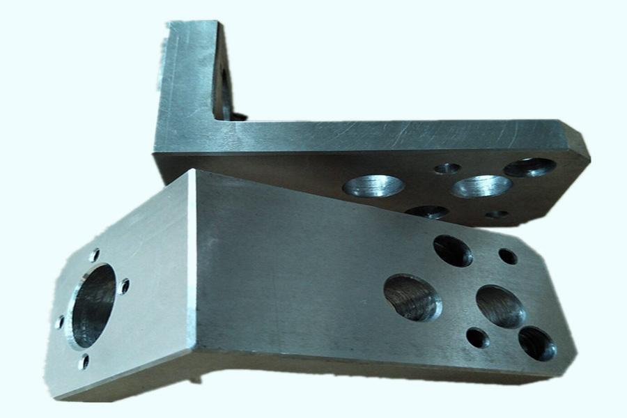 建設機械の電気機械設備の設置とデバッグにおける一般的な技術的問題
