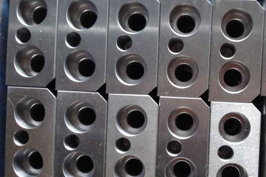 ねじファスナーの製造プロセス–ボルト、ねじ、スタッド